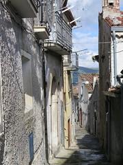 IMG_0314 (mystroh) Tags: door italy basilicata april keystone portal 13 pz 2014 lucania viggiano