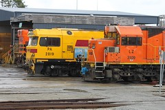 PA2819+LZ3109 stabled at Forrestfield 20-6-12 (Aussie foamer) Tags: train clyde railway locomotive ge arg westernaustralia emd westrail ugl 2819 lclass forrestfield wagr paclass goninan qrnational l261 28class pa2819 lz3109