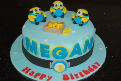 Minions Cake (Victorious_Sponge) Tags: birthday me cake minions dispicable