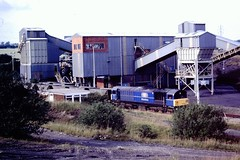 58038 Oxcroft Disposal Point 12 Jul 96 (doughnut14) Tags: diesel rail loco bone coal freight mainline opencast class58 58038 oxcroft