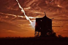 Windmill/sunset (Haakon von Martinsky) Tags: autumn sunset red sky sun windmill clouds landscape moulin landscapes mhle horizon poland polska molino polen mulino jesie mlle polsko wielkopolska wiatrak malom  polskajesie