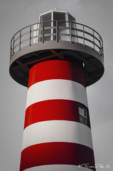 Lighthouse (ferchoron) Tags: red usa lighthouse ny art luz faro minimal bicolor guia