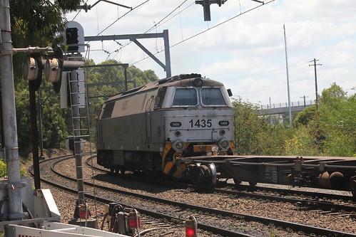 1435 passes Enfield Wrong Road