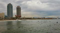 Barceloneta Surf (L'Oriol.) Tags: barcelona sea tower beach frank surf waves o surfer towers wave gehry barceloneta surfers peix maphre