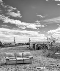 Sofa (autobahn66.com) Tags: california blackandwhite abandoned ruins desert decay sofa saltonsea
