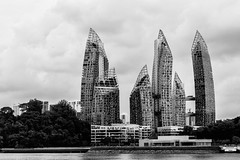 Reflections at Keppel Bay (monochrome) (*Capture the Moment*) Tags: architecture clouds reflections singapore cloudy wolken architektur luxury singapur condominium daniellibeskind wetter hochhaus wolkig 2015 keppelbay sg50