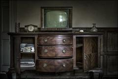 Abandoned sideboard and TV (ducatidave60) Tags: abandoned fuji decay fujifilm dereliction fujinonxf23mmf14 fujixt1