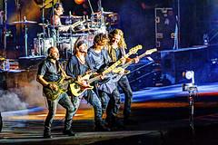 Guitar heroes (Mario Donati) Tags: buenosaires nikon sigma70300mm d3100 7dwf