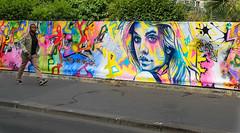 Street art (Olivier DESMET) Tags: street people streetart paris graffiti fuji graphic candid tag fujifilm streetphoto rue x20 photosderue olivierdesmet