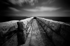 Rampart (fredMin) Tags: travel white black france long exposure fuji 12mm antibes samyang xt1