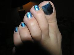 Fran023 (J.Saenz) Tags: feet foot pies fetichismo podolatras pieds mujer woman dedo toe pedicure nail ua polish esmalte pintada toenail