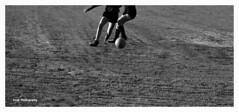 Futbol femenino (Women's football) (Imati) Tags: futbolfemenino campodetierra madrid 1970 mujeres baln nikon football womens