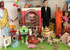 (andersonsmith.katie) Tags: barbie ken doll display shelf dr john littlechap skipper blythe precocious candys mushroom playmobil fisher price petite cocoa butter