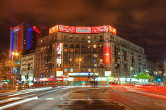 In intersectie (Sorinmountains) Tags: europa romania muntenia bucuresti piataromana noapte lumini hdr intersectie bloc trafic
