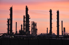 Refinery (larry_antwerp) Tags: haven port belgium antwerp total refinery raffinaderij