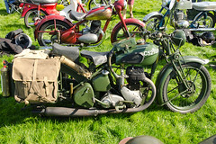 BSA WD M20 (1939) (SG2012) Tags: photo image picture motorbike photograph moto motorcycle classicmotorcycle bsa motorrad motocicletta classicbike motorcicleta 07092014 hoghtontowerclassiccarshow vax561s
