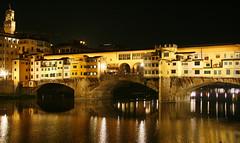 Ponte Vecchio (PatriPintor) Tags: italy luz night noche italia tuscany florencia firenze toscana notte luce pontevecchio