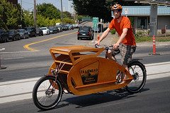 Cargo bike (bobbydrawson) Tags: metrofiets bikesandcoffee charliewicker trailheadcoffeeroasters