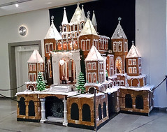Pepparkakspalats - Gingerbread Palace (crusaderstgeorge) Tags: gingerbread gävle sweden sverige pepparkaka 2014 margaretapersson mansions great bake tasty edible pepparkakspalats gingerbreadpalace crusaderstgeorge