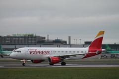 Iberia Express Airbus A320-200 at DUB. (sronayne96) Tags: airbus dub a320 iberia ibs eidw