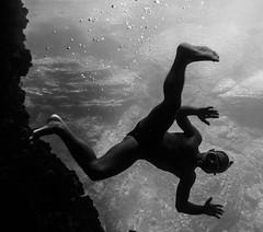 Apesanteur (Elruner) Tags: blackandwhite mer monochrome lumix vacances noiretblanc corse monochromatic panasonic apnee apesanteur