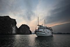 Ha Long Bay 6 (gsamie) Tags: ocean sunset sea rock canon islands boat vietnam halongbay t3i 600d quangninhprovince gsamie guillaumesamie