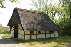 Heuerhaus (willi_bremen) Tags: deutschland freilichtmuseum fachwerk fachwerkhaus niedersachsen nikond7200 cloppenburgsfreilichtmuseum