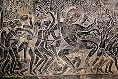 IMG_1055 Angkor VatLa bataille de Kurukshetra ? (philippedaniele) Tags: cambodge vishnu khmers vat siemreap angkor apsaras fresque mandara dieux vasuki jayavarman dmons