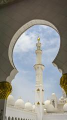 Vault and Minaret (Bartholomew K Poonsiri) Tags: white building islam religion uae middleeast wideangle mosque structure abudhabi sheikhzayedgrandmosque sonyepz1650mmf3556oss sonyilce6000