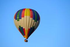 La vuelta al mundo en 80 das (alfonsocarlospalencia) Tags: gente colores paseo segovia globo aventura experiencia cesta xtasis aerosttico elevacin valenta infinitud