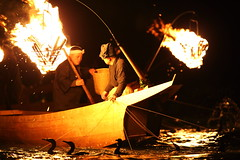 Traditional fire (Teruhide Tomori) Tags: japan night river fire  tradition fishingboat  gifu japon cormorantfishing   nagarariver
