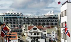Haugesund (willimaurer) Tags: no norwegen orte rogaland haugesund seereisen meinschiff4norwegen2016
