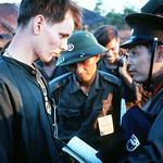 Loc Ninh 1973 - Bên trái là Trung tá Bùi Tín, phát ngôn viên của đoàn Bắc Việt trong Ban liên hợp QS Bốn bên thumbnail