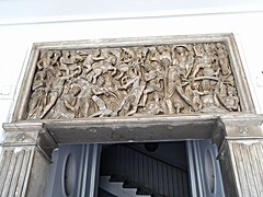 Roman sarcophagus 3rd century AD - Cellamare or Francavilla Palace in Naples (* Karl *) Tags: italy sarcophagus naples francavilla cellamare