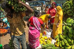 Bananas.  Madurai (Claire Pismont) Tags: pismont clairepismont colorful couleur color colour women woman documentory travel travelphotography streetshot street streetphotography streetcapture market madurai tamilnadu