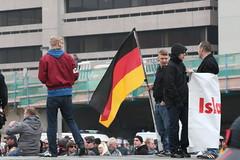 Hannover Hooligans gegen Salafismus Kundgebung 15.11.2014  TR_07088 (Thomas Rossi Rassloff) Tags: sport deutschland nazis religion hannover terror gegen hooligan niedersachsen glaube rassismus islamismus salafismus hogesa
