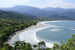 Coração de Castelhanos (larissa pinna) Tags: praia beach nature brasil mar heart natureza paisagem coração mata atlântica