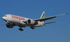 ET-ANO 27/10/14 Heathrow (EGLL) (Lowflyer1948) Tags: heathrow boeing etano myrtleavenue ethiopianairlines b777260lr 271014