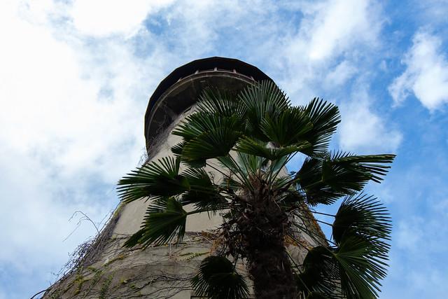 水の塔 02