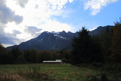 White Horse Mountain (Shutterbug Fotos) Tags: autumn color colour fall nature beautiful beauty scenic washingtonstate northcascades mountainloophighway highway20 whitehorsemountain