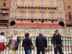 Fonte Gaia   Siena (mafalda pereira) Tags: travel italy fountain europe tuscany siena gaia fonte