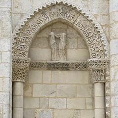 Eglise Saint-Nazaire (XIIe), Corme-Royal (17) (Yvette G.) Tags: architecture 17 église saintonge charentemaritime poitoucharentes artroman cormeroyal églisesaintnazaire