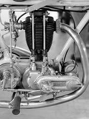 dettagli (Giuseppe_Cer) Tags: italy bike race racing moto past epoca motocicletta lineapulita