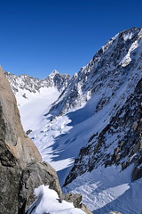 Les ombres s'allongent The shadows are growing Chamonix Mont Blanc (CHAM BT) Tags: shadow white mountain snow france cold ice stone montagne roc pierre altitude ombre glacier granite neige chamonix blanc crevasse froid montblanc haute alpinisme hautesavoie serac alpiniste
