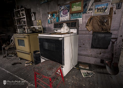 Other than horses, he loved cooking (photoMakak) Tags: canada abandoned kitchen canon cuisine quebec decay stove urbanexploration qubec derelict canonef1740mmf4lusm ruraldecay 6d urbex abandonn poele pole ruralexploration rurex ruralquebec qubecrural canon6d ruralexplorer urbexqubec urbexquebec photomakak rurexquebec rurexqubec