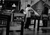 Taca Taca (Lukas Osses Codelia) Tags: chile mall vendedor noche gente corte tata juegos niños cabeza espejo carro negra mesa tarde abuelos pelo cabello agujas taca tacataca pelos tijeras sopaipillas blannegro