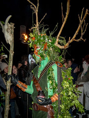 The Green Man. Beltane Festival (thaisa1980) Tags: show festival painting fire scotland costume edinburgh paint may escocia disfraz mayo celtic fuego performers edimburgo caltonhill pintura greenman celta beltane espectculo 2016 actores