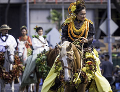 100th Anniversary King Kamehameha Celebration Floral Parade 2016 26 (JUNEAU BISCUITS) Tags: flowers horse holiday floral hawaii oahu parade lei hawaiian honolulu horseback kingkamehameha hawaiiana kingkamehamehastatue kamehamehadayparade paurider