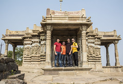 lads in a temple door (Tin-Tin Azure) Tags: world india heritage temple unesco archaeological mata gujarat pavagadh kalika champaner