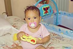 As de Tierna? (Carlos Durn Photography/CAD) Tags: baby retrato adorable nia lindo mao bebe hd amina pequea rd republicadominicana juguete jugando tierno valverde carlosduran haltadefinicion